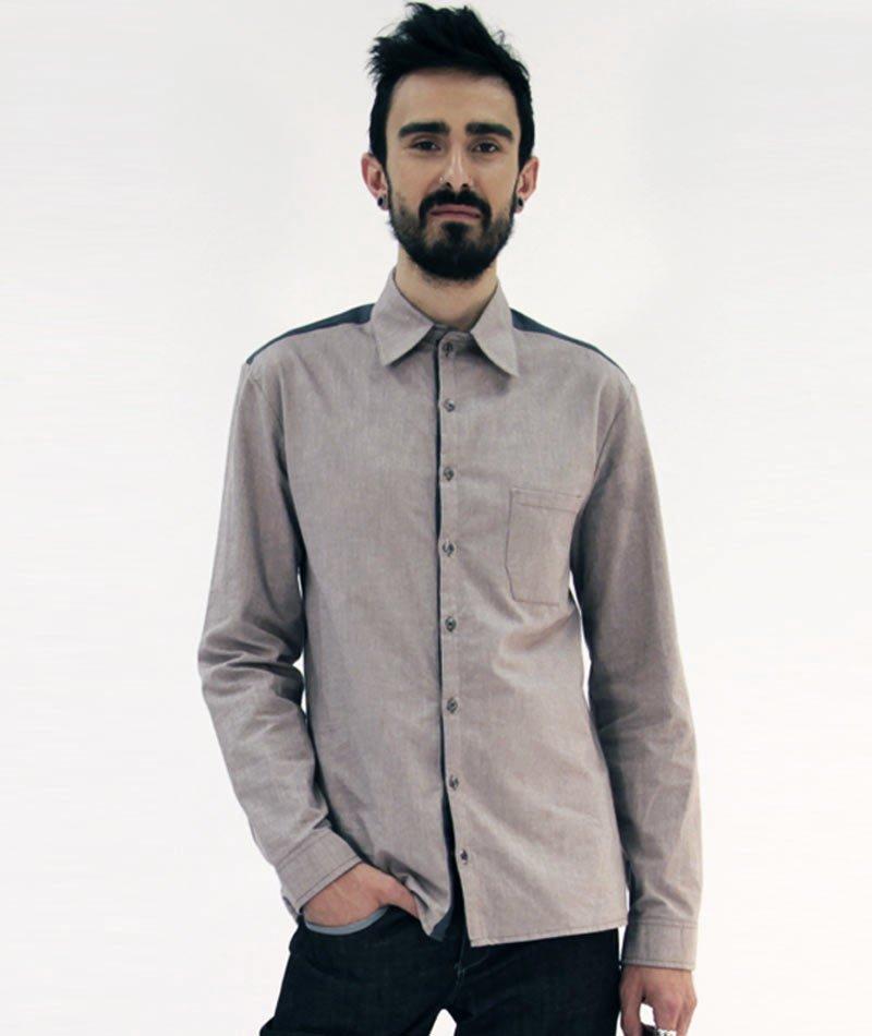 camisa ecológica fabricada en España de art and seams para The Goood Shop