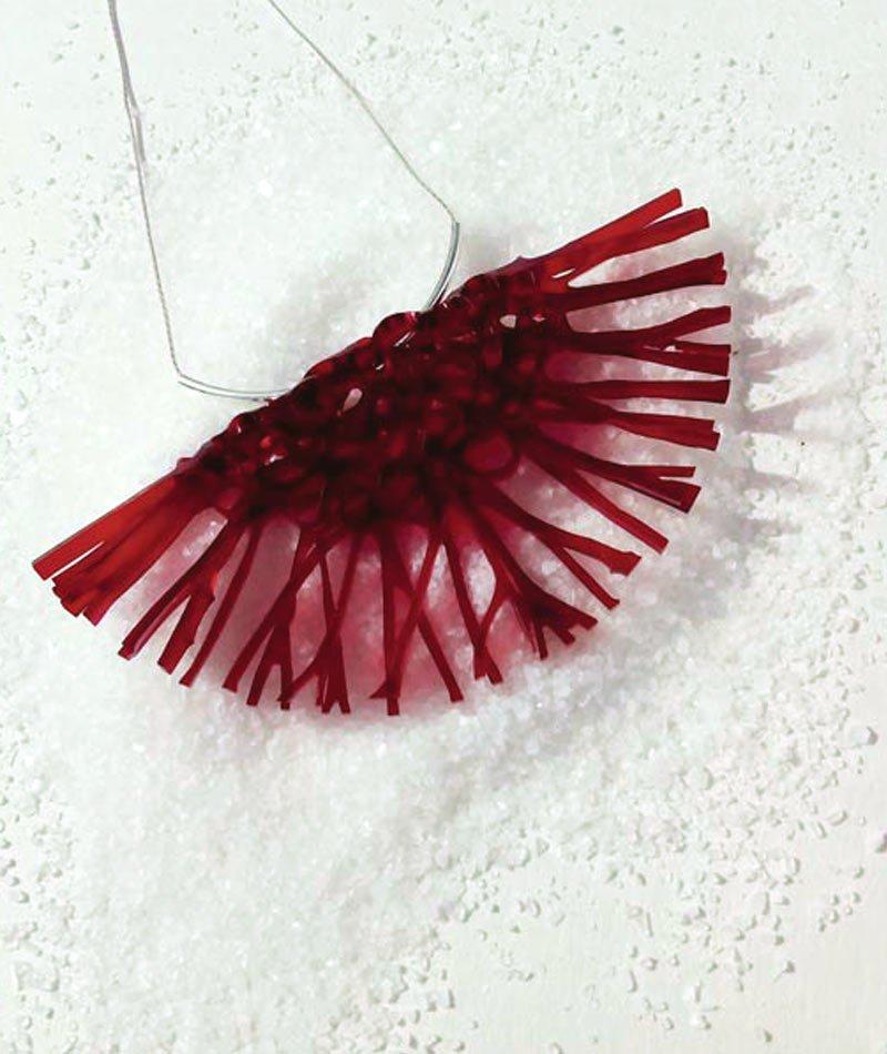 collar metacrilato reciclado artesanal