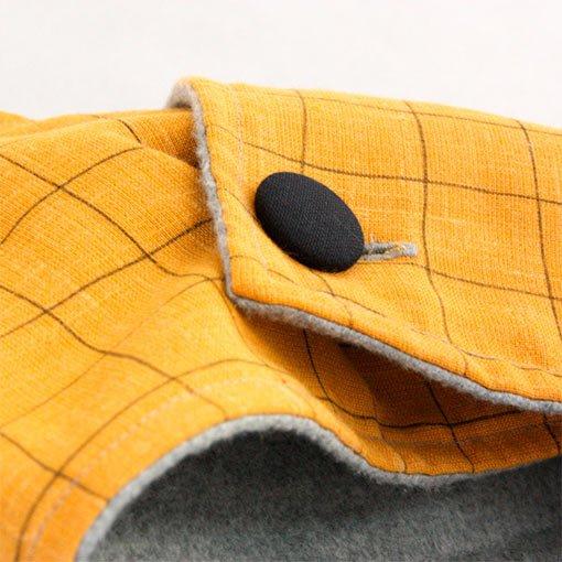 cuello-mostaza-detalle