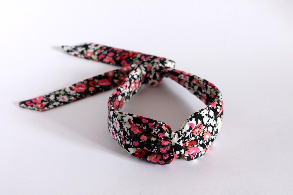 turbante de flores con lazo