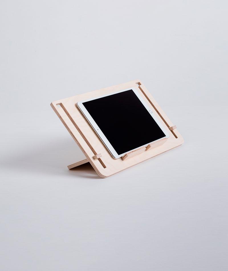 soporte para tablet de madera fabricado en España