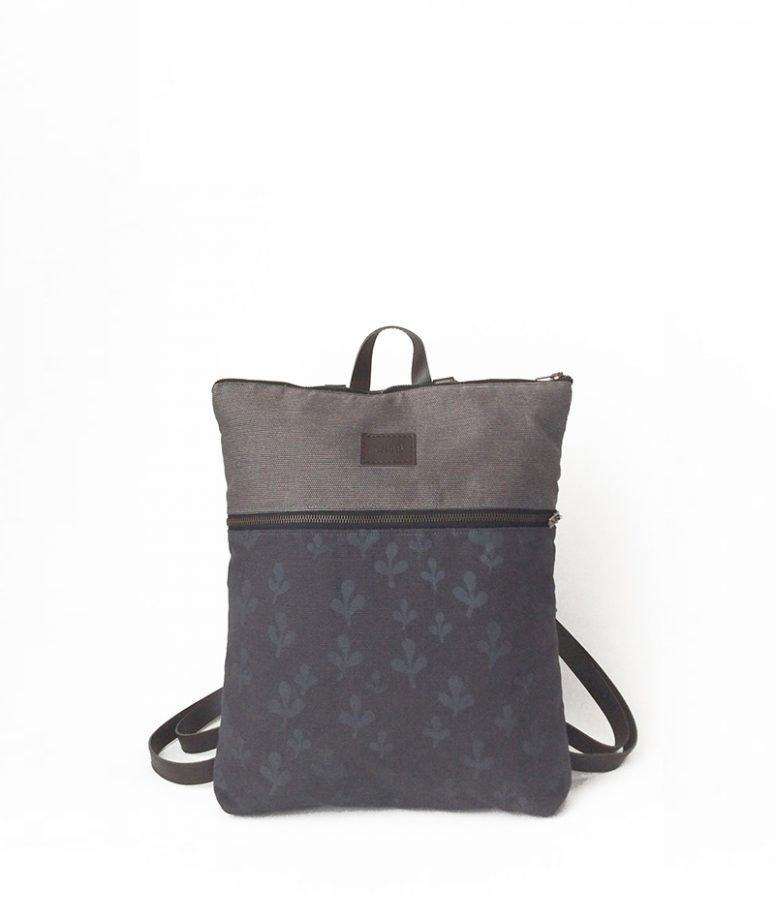 mochila gris ecológica fabricada en españa vegana