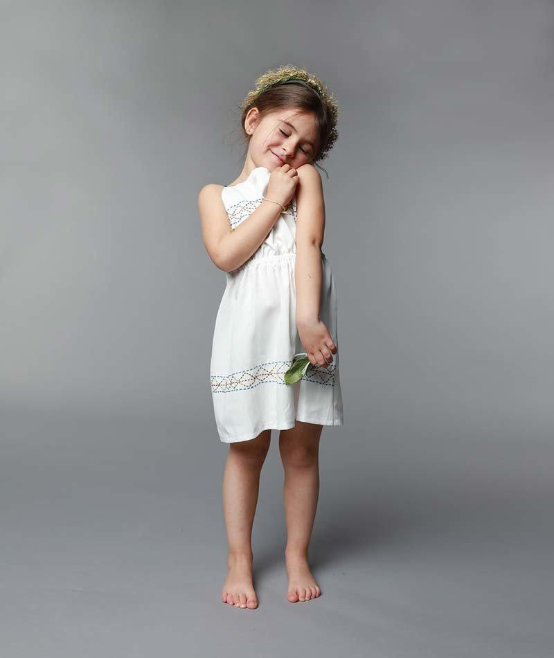 vestido blanco algodón orgánico niña