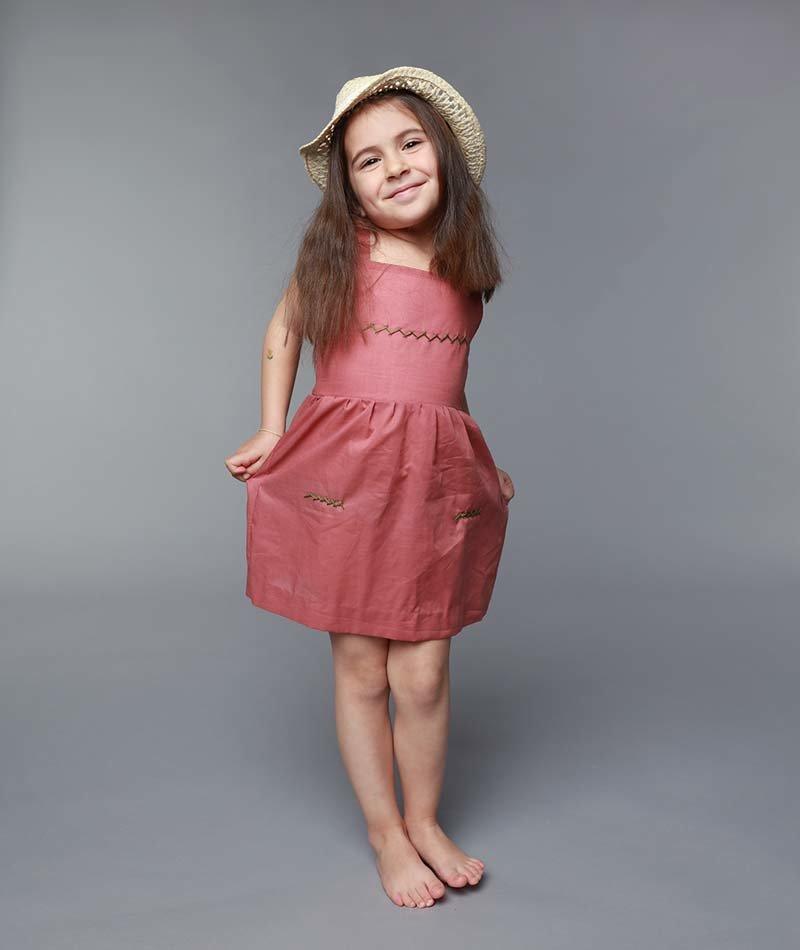 vestido niña algodón bordado