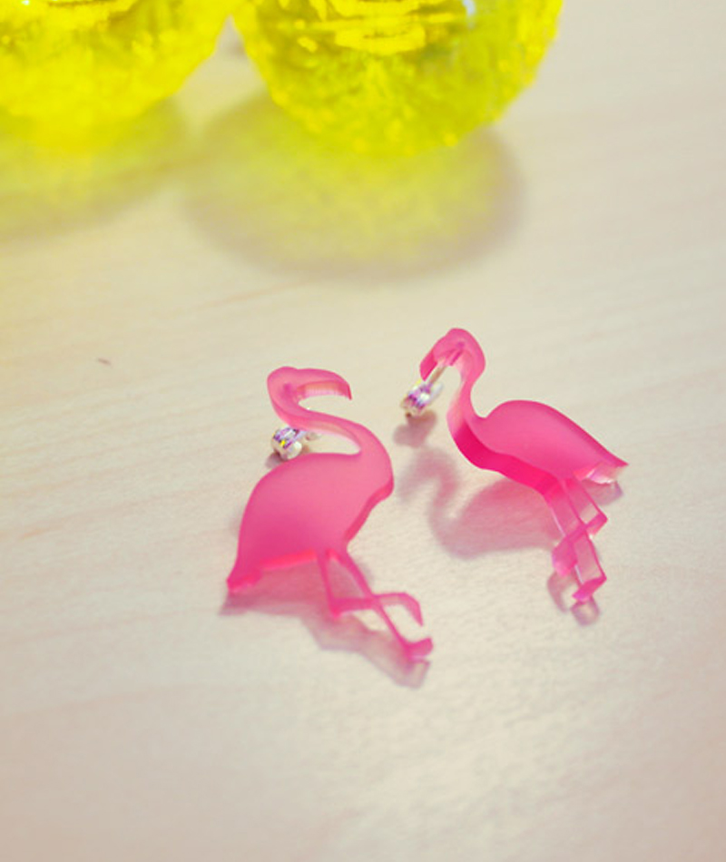 earrings-flamingo