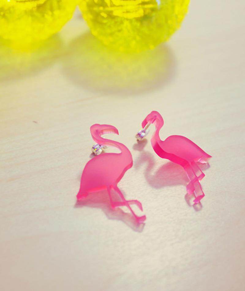earrings-flamingo