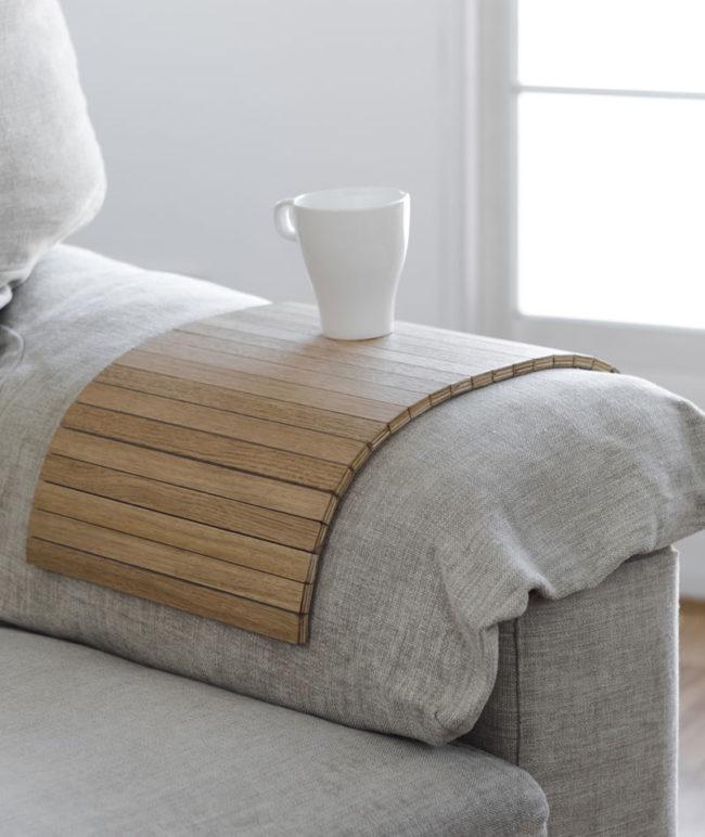 bandeja-madera-roble-sofa-detray