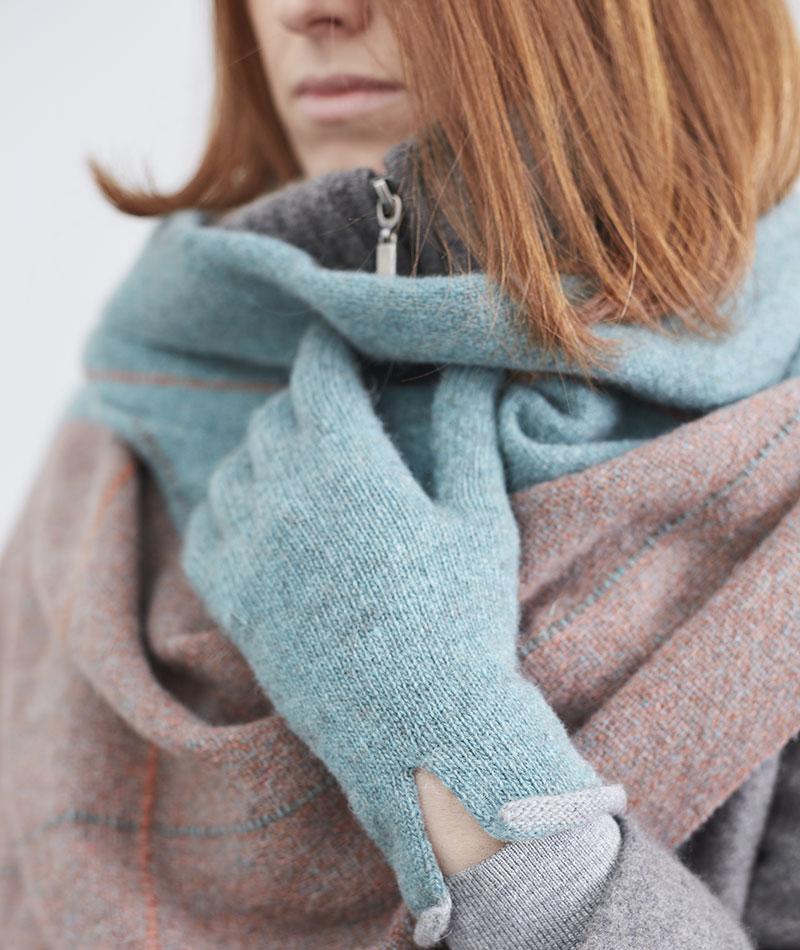 guantes-lana-ecologica-turquesa-teixidors-nomad