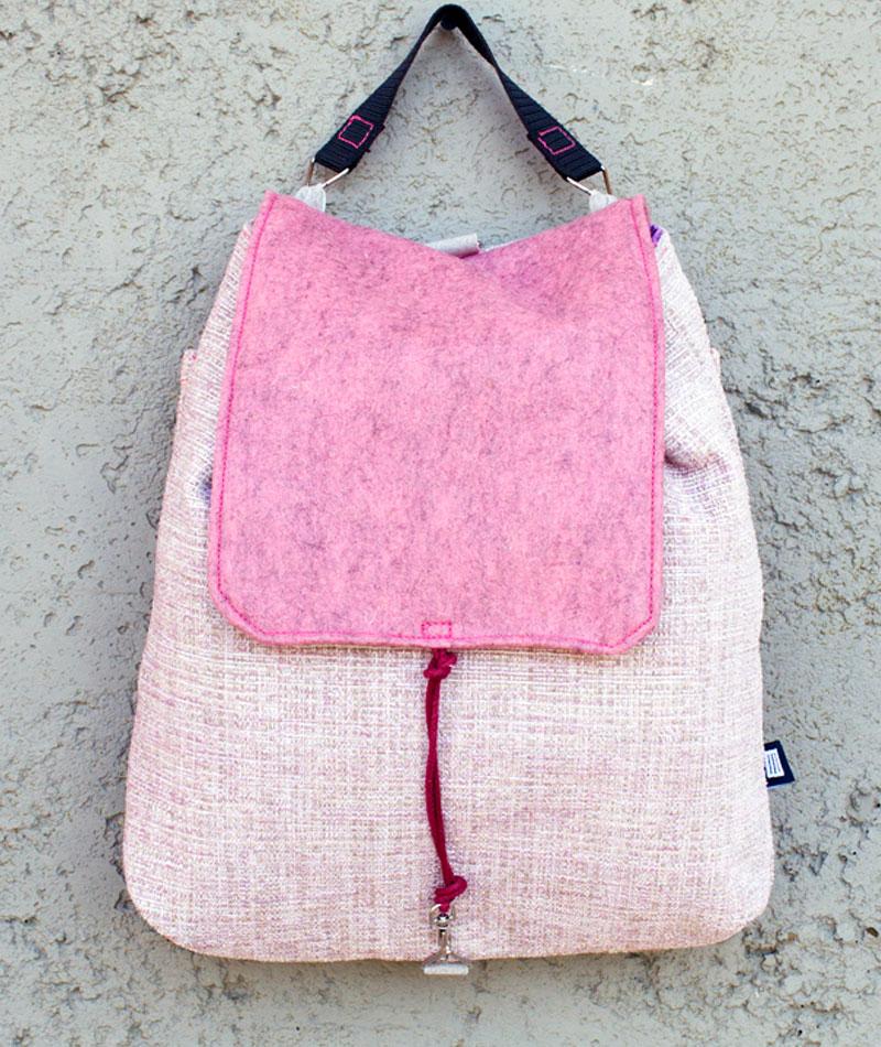 mochila-bandolera-practica-ligera-rosa