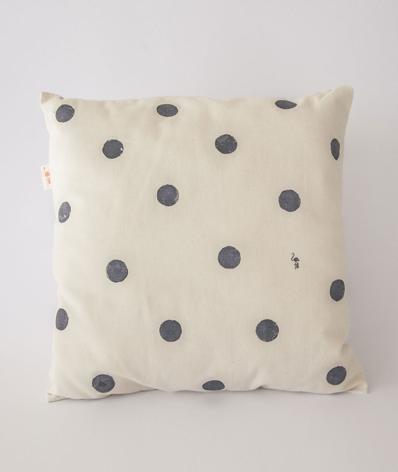 organic-cotton-cushion-blue-moons-printed-artesan-el-flamenc