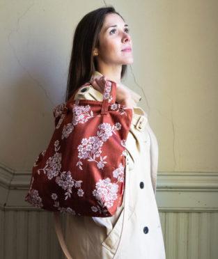 tote bag bandolera tela vintage reutilizada upcycling antigua tela colchonera marrón