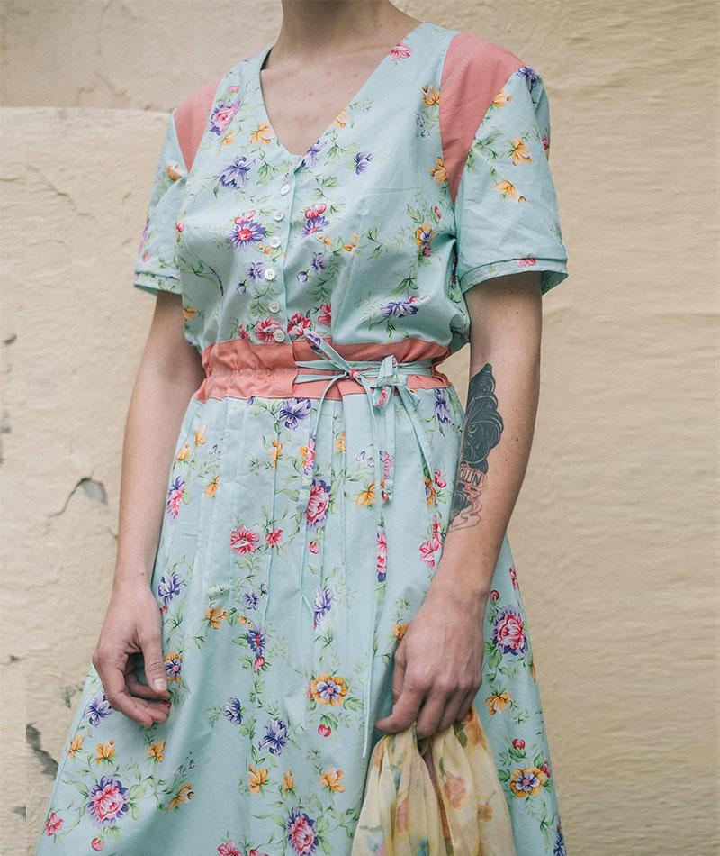 Vestido de flores de algodón orgánico