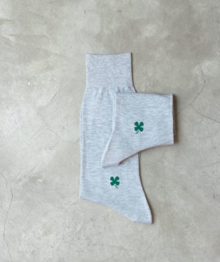 calcetines de la suerte trébol de cuatro hojas 100% algodón orgánico y de comercio justo con certificado GOTS