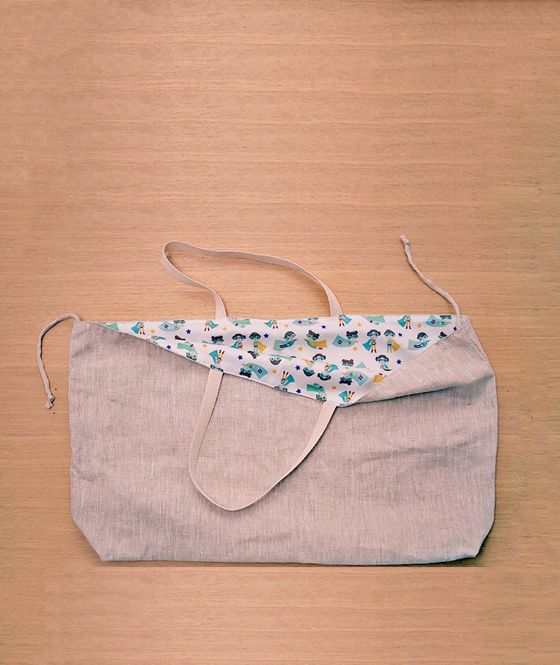 bolsa de playa de lino hecha a mano reversible