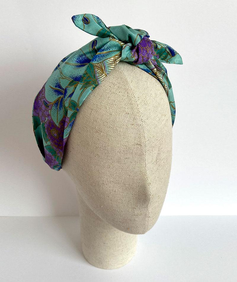 turbante con base de diadema metálica