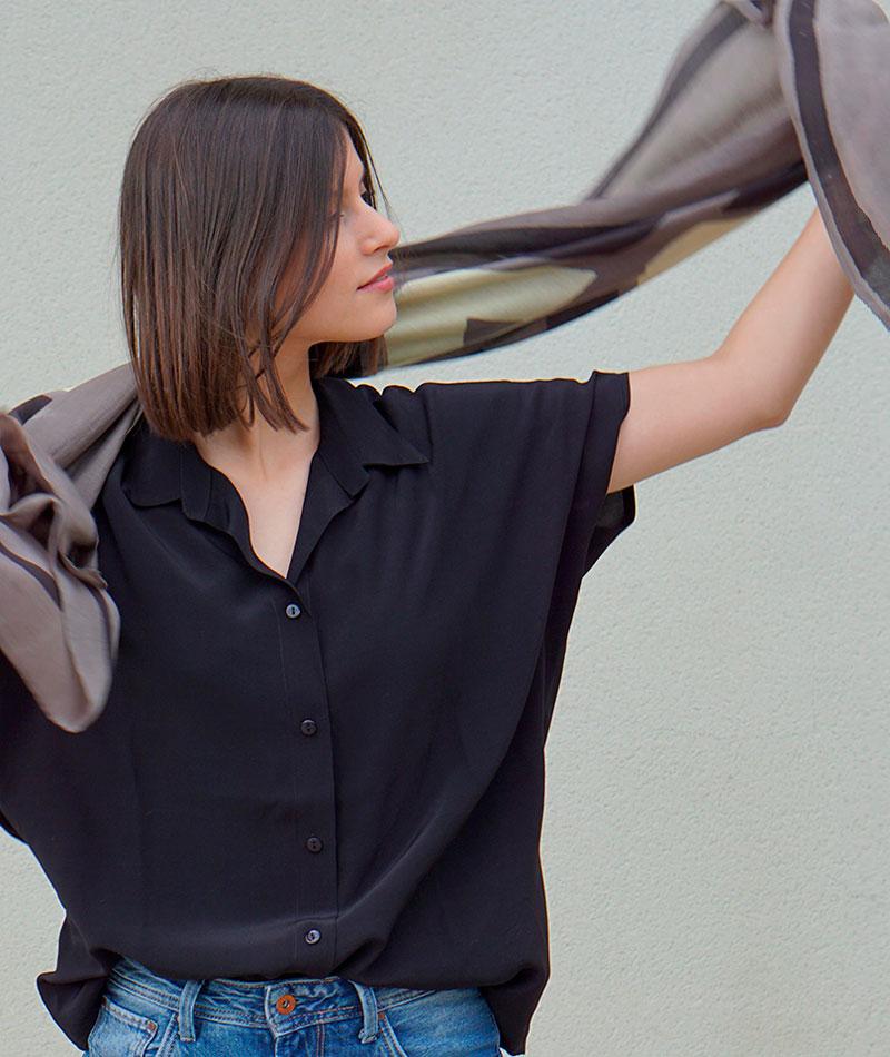 camisa de tencel negra