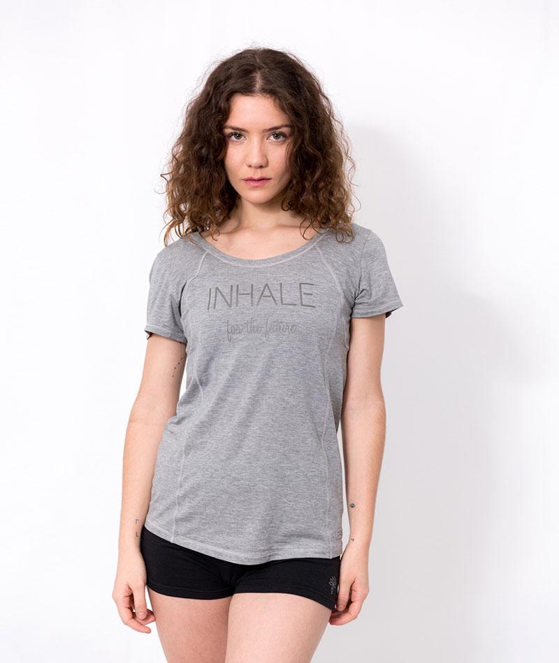 camiseta de yoga hecha en españa