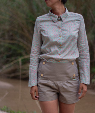pantalón corto de algodón orgánico con certificado GOTS