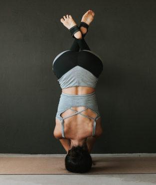 top de yoga ecológico fabricado en Barcelona