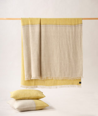 Teixidors 100% linen throw D'abord light grey mustard