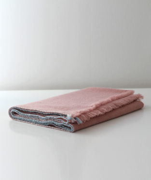 Teixidors 100% cashmere throw Jazz pink