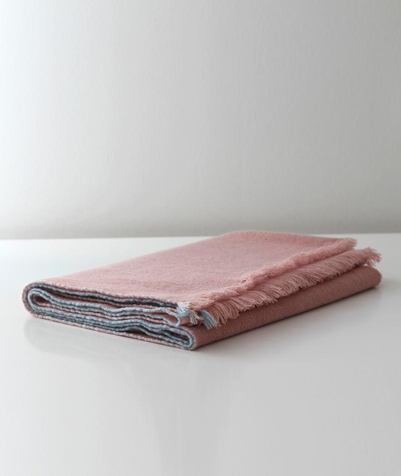 Teixidors 100% cashmere throw Jazz pink