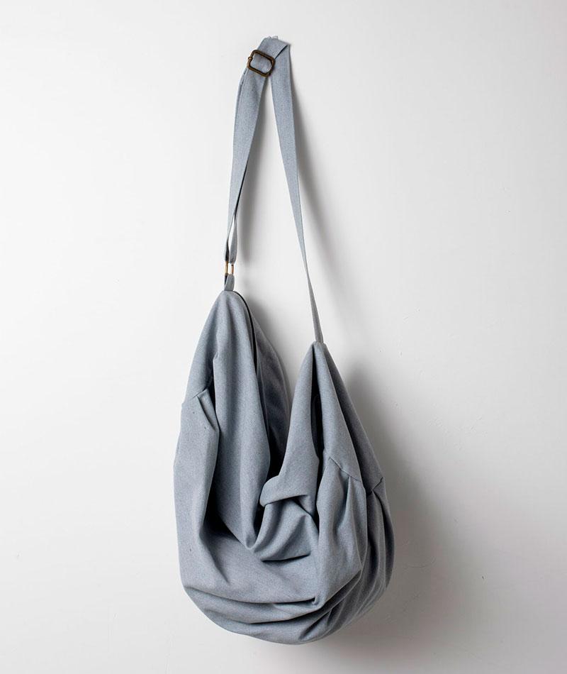 bolsa deporte reciclada gris