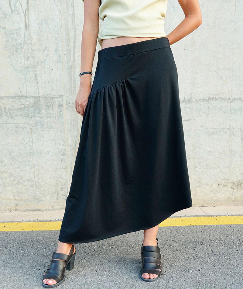 falda negra de algodón lucía