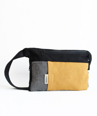 Bum bag with water bottle holder made in Barcelona