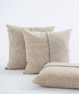 Teixidors ecological merino wool cushion Sisteron blue edge