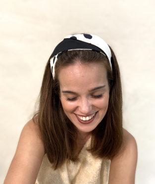 turbante blanco y negro hecho en España