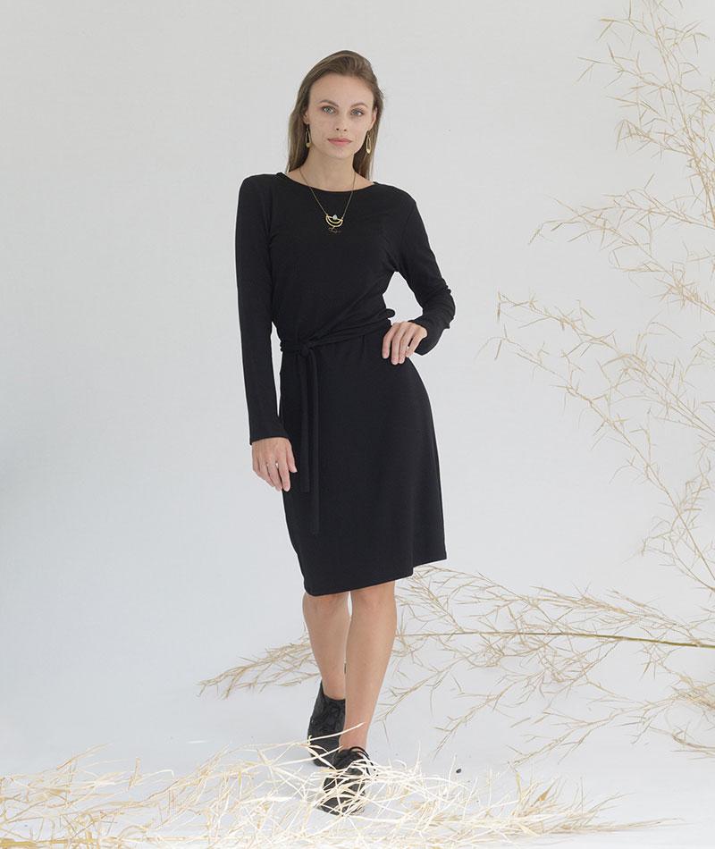 vestido negro básico hecho en España