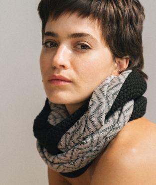 fular de tricot hecho en Barcelona