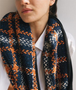 bufanda tweed hecha en España