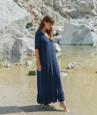 vestido largo azul noche hecho en españa