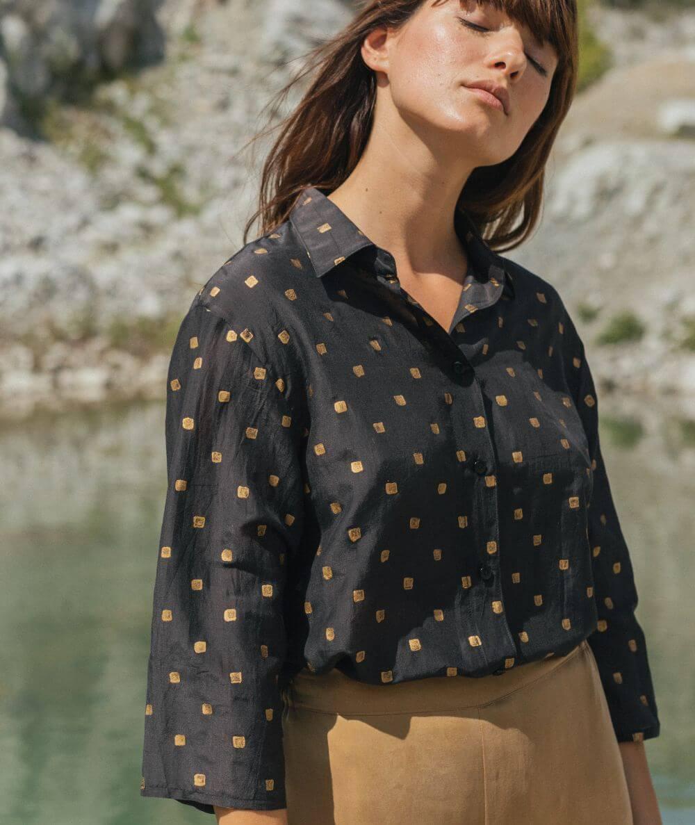 camisa negra 100% algodón hecha en España