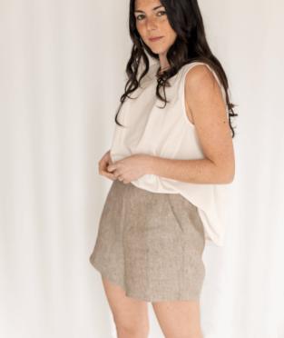 pantalones cortos de lino orgánico hechos en Barcelona