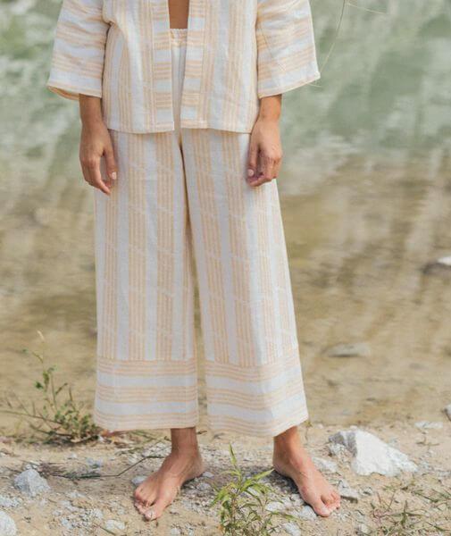 pantalones de lino hechos en España