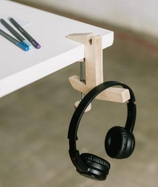 colgador madera hecho en girona